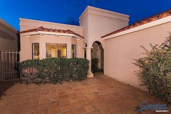 Truly Charming at McCormick Ranch By Signature Vacation Rent