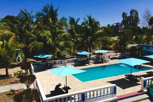 . Saara Hotel