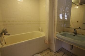 Misasa Royal Hotel - Bathroom Amenities  - #0