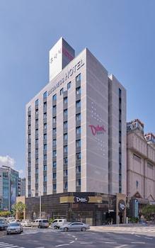ドバイ ホテル クワンジュ (Dubai Hotel Gwangju)