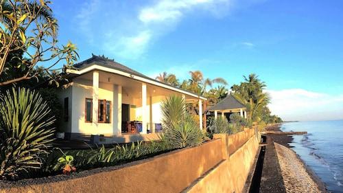 Air Sanih Beach Villa, Buleleng