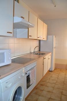 Apartamentos Dos Torres - Alierta - In-Room Kitchen  - #0