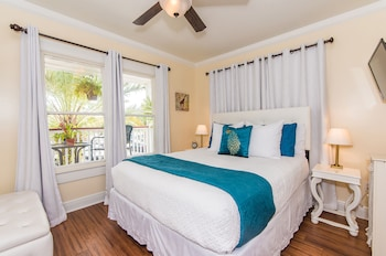 Superior Room, 1 Queen Bed, Balcony