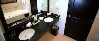 Presidential Suites by Lifestyle - All Inclusive - Bathroom  - #0