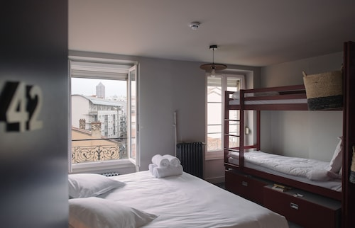 Ho36 hostels, Rhône