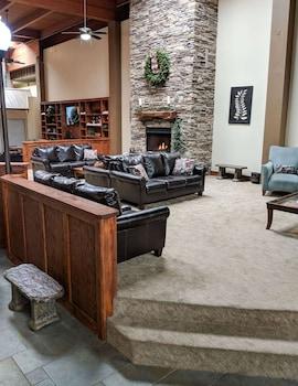 瀑布山渡假村 - 登高精選飯店 Cascades Mountain Resort, Ascend Hotel Collection