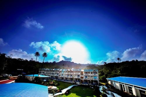 . Hummingbird Resort