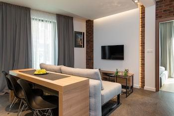 瓦威爾城堡豪華公寓飯店