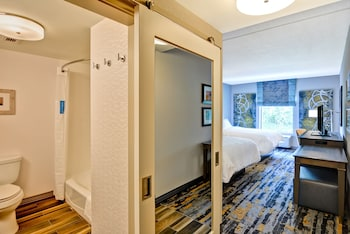 Room, 2 Queen Beds, Non Smoking, Refrigerator