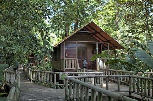 . Aninga Lodge