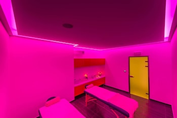 Mediterranean Beach Resort - Treatment Room  - #0