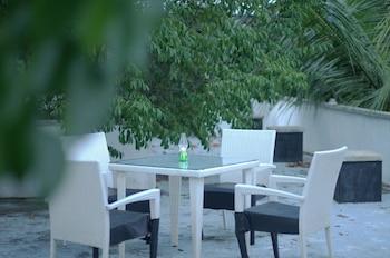 Hostel City Hub Colombo Airport - Terrace/Patio  - #0