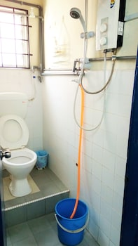 Backpackers Freak Hostel Melaka - Bathroom  - #0