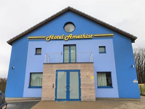 . Hotel Amethist