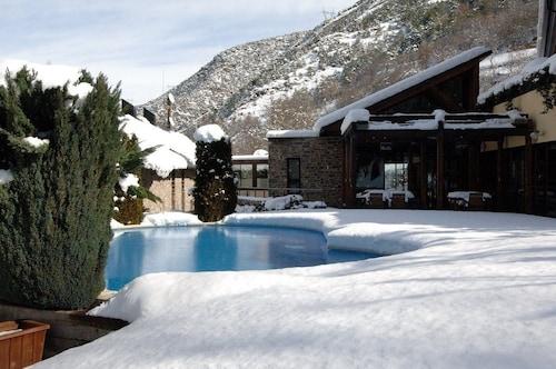 . Hotel Spa Riberies
