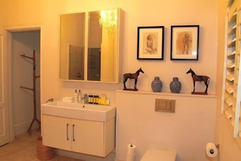 Highlands House - Bathroom  - #0