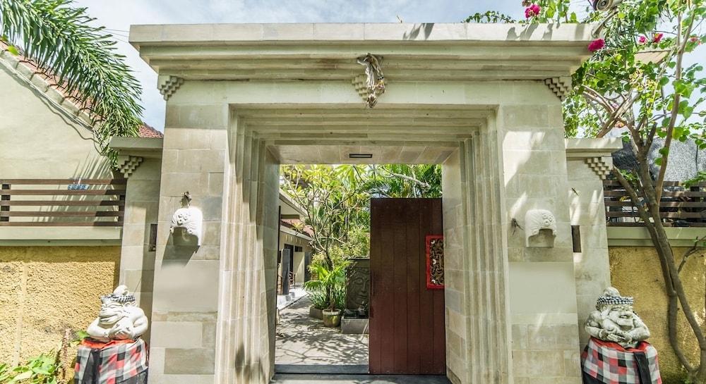 Airy Legian Nakula Timur Kuta Bali