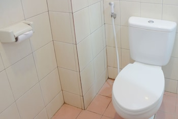 Airy Dago Tubagus Ismail 8 Bandung - Bathroom  - #0