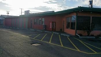 Tahitian Motor Inn - Featured Image  - #0