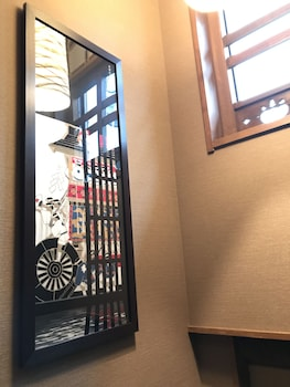 MUROMACHI YUTONE KYOKOYADO Hallway