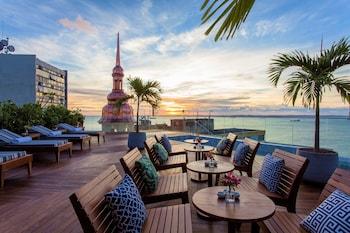 費拉宮殿飯店 Fera Palace Hotel