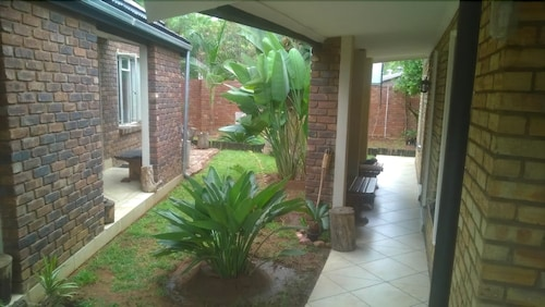 Zebra Guest House, Waterberg