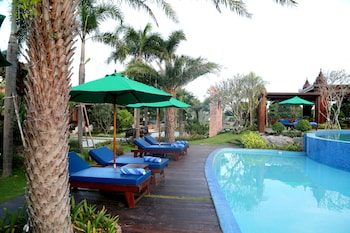 Try Palace Resort & Spa - Outdoor Pool  - #0