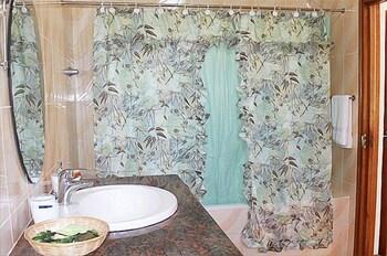 Albizia Lodge Reef Estate - Bathroom  - #0