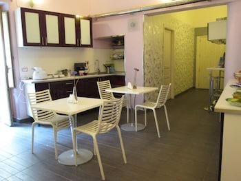 B&B Orlando Suites - Breakfast Area  - #0