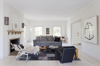 onefinestay Serrano Avenue private home
