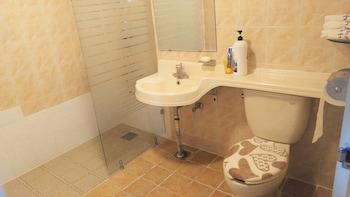 Shiny Hotel - Bathroom  - #0