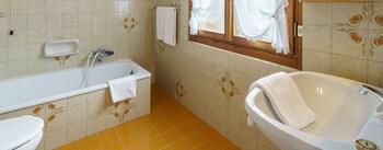 Hotel Roma - Bathroom  - #0
