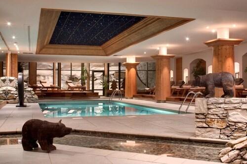 . Hôtel Barmes de L'Ours
