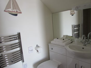 The Claremont - Bathroom  - #0
