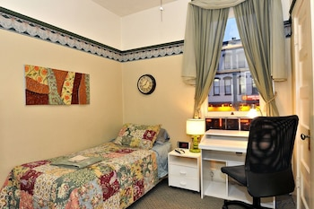 Guestroom at Gaslamp Quarter Hotel in San Diego