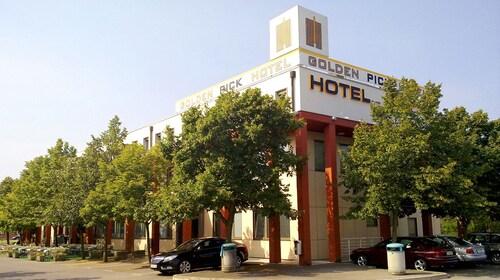. Hotel Prunk