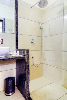 Treebo Indiana Classic - Bathroom  - #0
