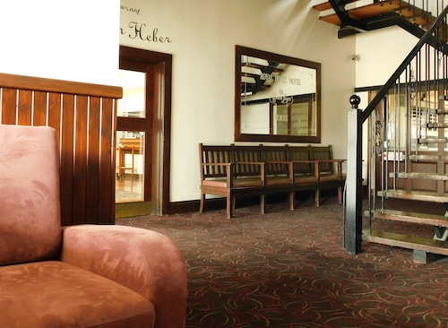 . Royal Hotel Moree
