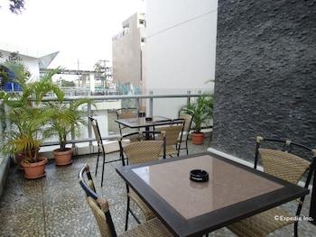 FILIGANS HOTEL Terrace/Patio