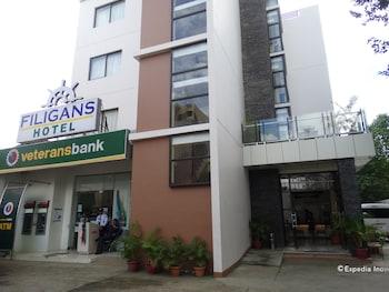 FILIGANS HOTEL Front of Property