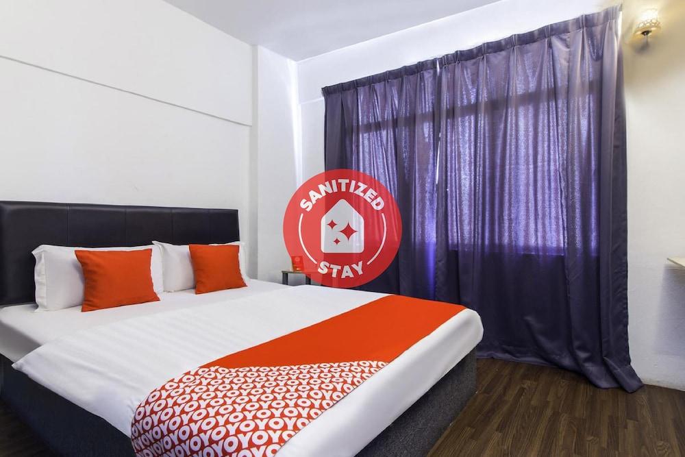 Hotel OYO 251 Intime Hotel