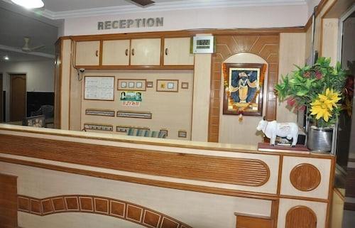 . Hotel Shree Darshan