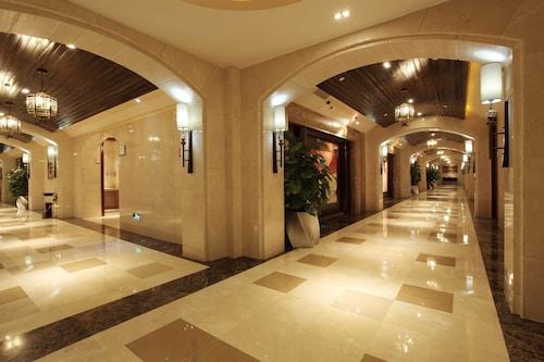 Qionghai Bay Bonreal Hotel, Liangshan Yi