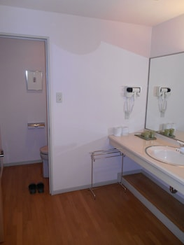 Yufuin Kinrinko Hotel - Bathroom  - #0