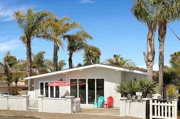 Chic Rental 1 Block from Beach by RedAwning