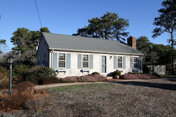 Picturesque Chatham Gem by RedAwning