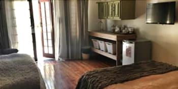 Waterhouse Guest Lodges 236/230 Bourke Street - Guestroom  - #0