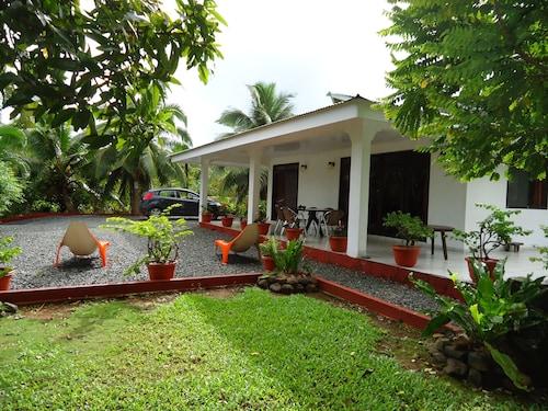 . Villas Bougainville