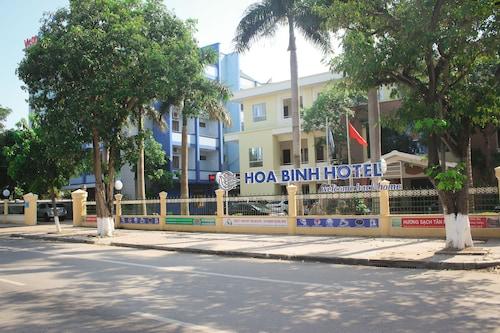 Hoà Bình Hotel, Đồng Hới