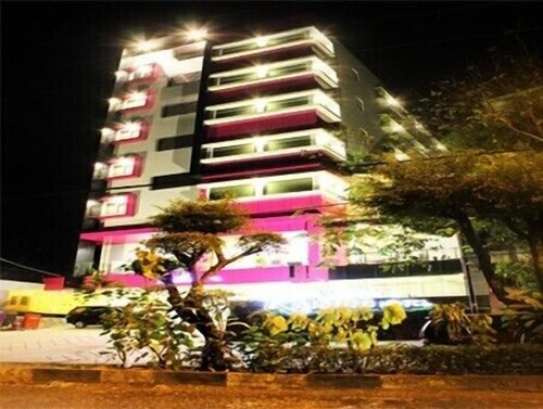 Hotel Raising Makassar, Makassar